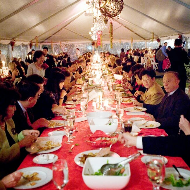 Simple Wedding Family Pictures: Trend Alert: Family Style Reception Dining