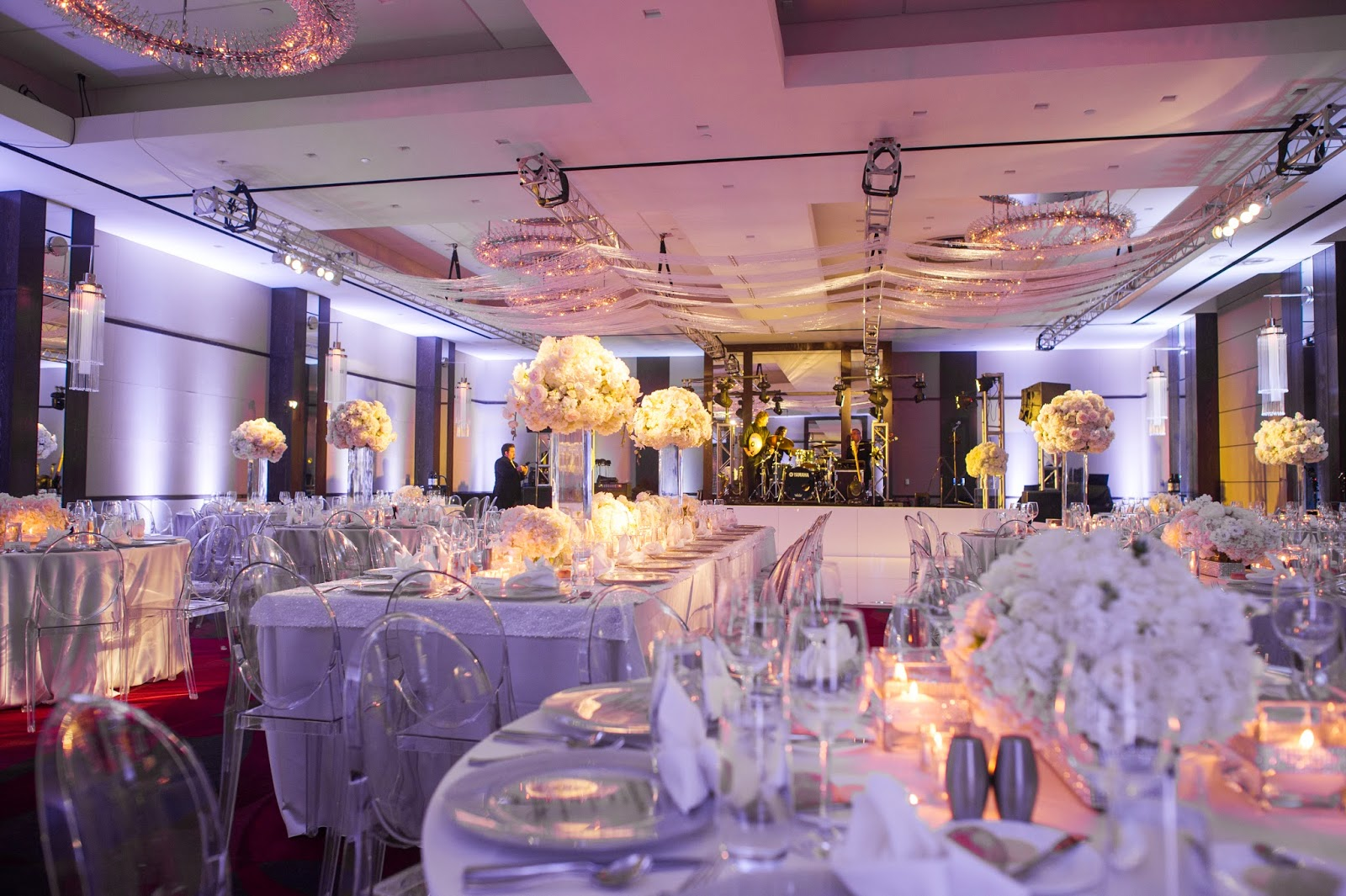 Real Wedding Chelsea And Joshs Sophisticated Modern Wedding In