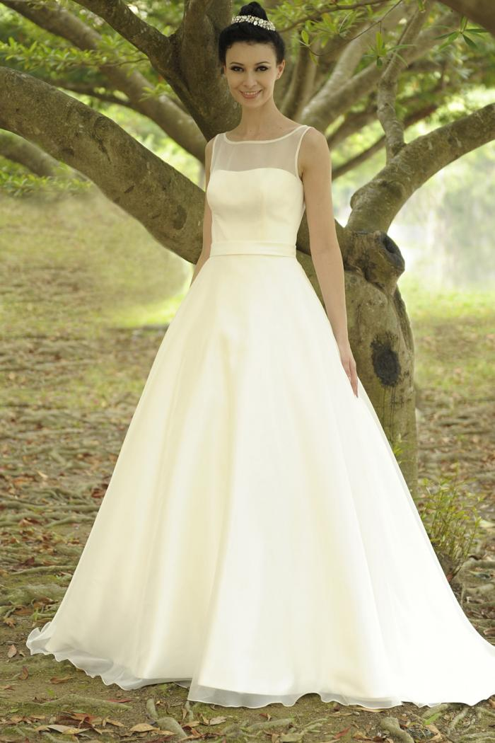 AJMARILYN Bridal Gown by Augusta Jones Front