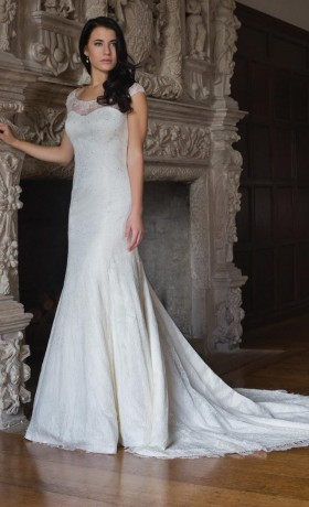 AJSUSIEBridal Gown by Augusta Jones Front