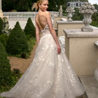 EM4347 Bridal Gown by Eve of Milady Back