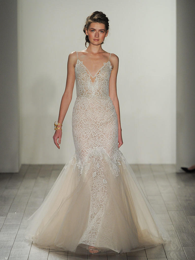 Hayley paige trunk show stardust for Wedding dress trunk shows
