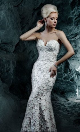 ym3181YM3181 Bridal Gown by Ysa Makino Front