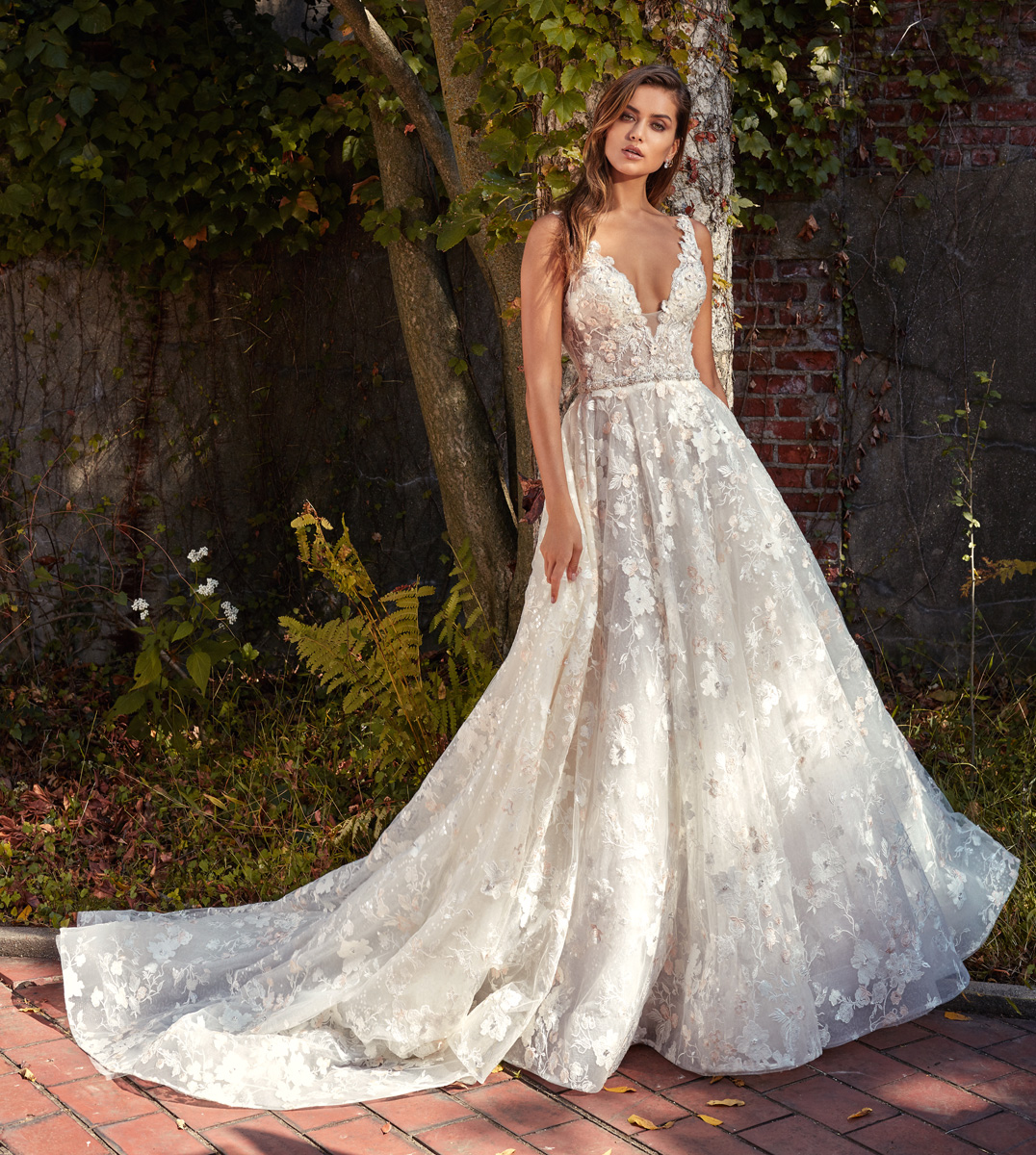 Shop Wedding Gowns: Designer Gowns From StarDust Celebrations